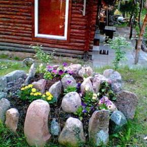 22 июня – Кирилл-солнцеворот. По старому стилю 9 июня.Народные приметы об этом дне: Если земляника красна, то сеять овёс напрасно. Много ягод – к холодной зиме.