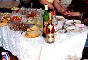 Лечение алкоголизма с помощью золотого уса. На протяжении многих веков люди искали способы борьбы с алкоголизмом.